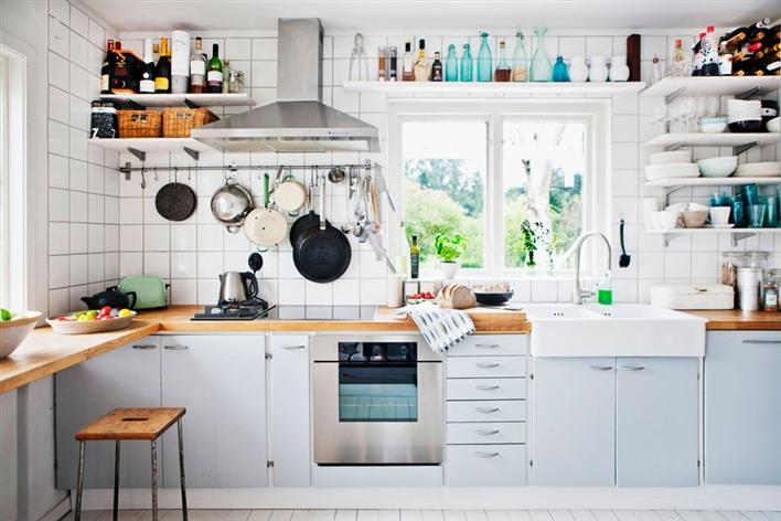 deco chambre interieur id es des tag res de cuisine. Black Bedroom Furniture Sets. Home Design Ideas