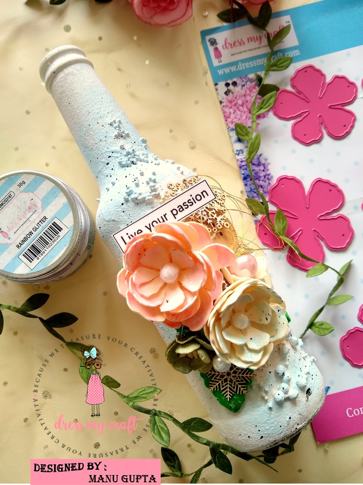 Dress My Craft: Flowers Galore with Curved Flower die