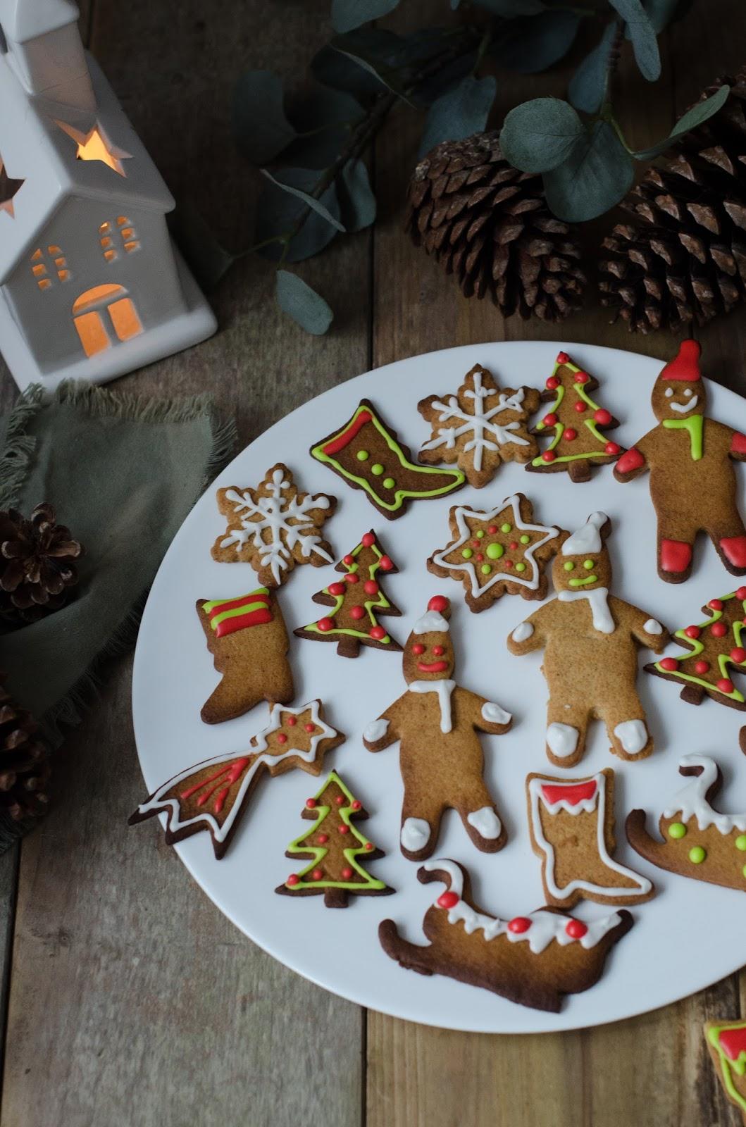 Biscuits en pain d'épices de Noël