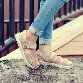 sepatu sandal untuk harian