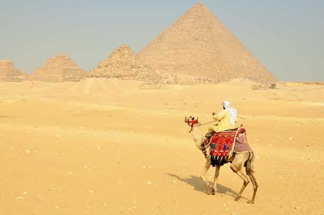 Revenues of the Egyptian tourism sector rise
