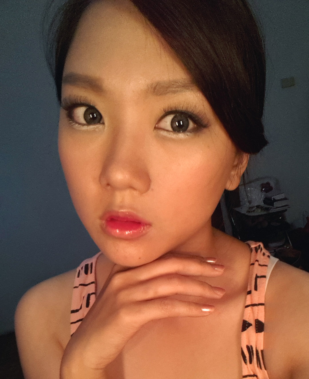 Florence's Blog: Goo Hara (KARA) Damaged Lady Makeup Inspired