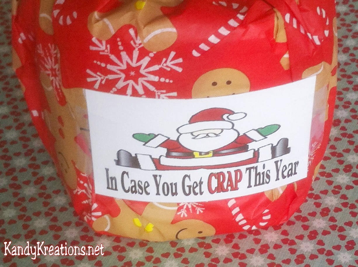 Going to a White Elephant Gift Exchange this Christmas and don't know what to bring?  This Christmas toilet paper is the perfect gag gift to make all your friends laugh out loud.  Just a few simple steps and this free printable and you are on your way to a fun Christmas party with the perfect gift idea.