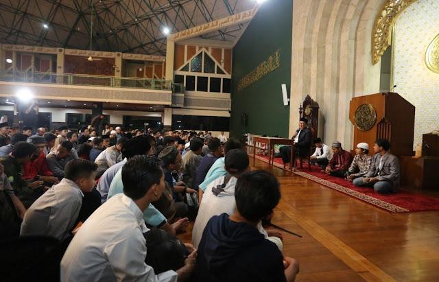 Mabit di Masjid
