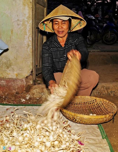Chợ tỏi 4h sáng trên đảo Lý Sơn - Hình 10