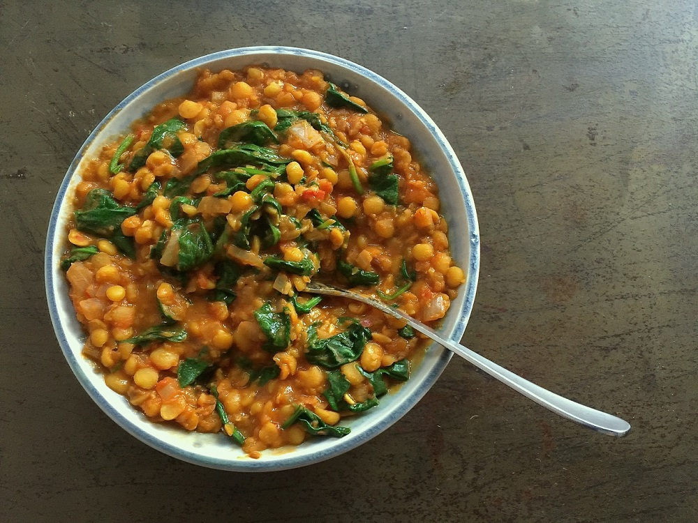 Dal Saag - Split Yellow Pea And Spinach Dal