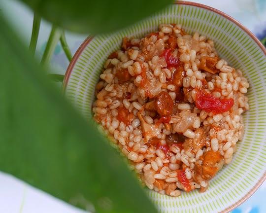 Pęczotto z kurkami i pomidorami