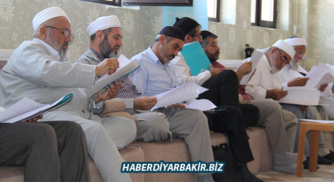 İttihad'ul Ulema medrese eğitim programı toplantısını yaptı