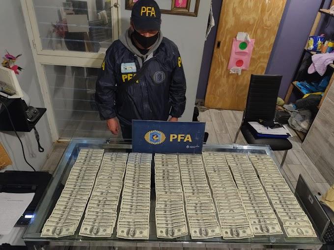 Mega Operativo: 86 Allanamientos, 5 detenidos, secuestro de armas, droga y dólares
