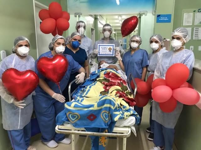 Hospital Regional de Santana registra centésima alta de paciente curado da Covid-19