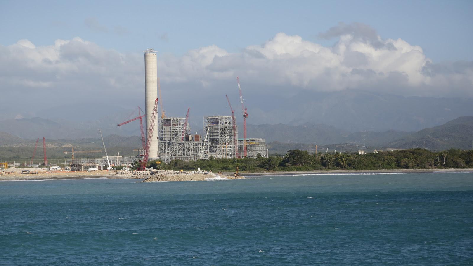 VIDEO: Punta Catalina podrá usar briquetas de basura como combustible. Uso de residuos sólidos