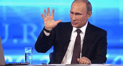 """Путін назвав Україну """"країною під повним зовнішнім управлінням"""""""