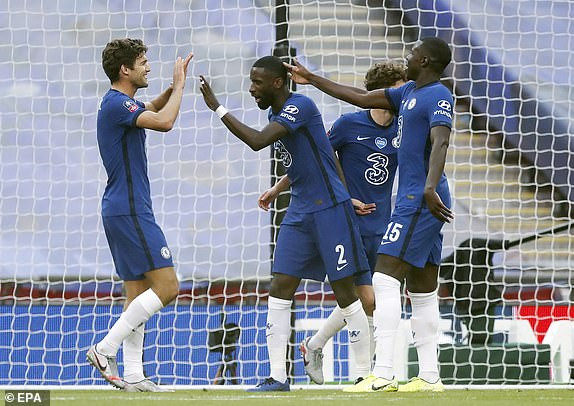Chelsea humiliates Manchester United 3-1 to reach FA Cup final against Arsenal