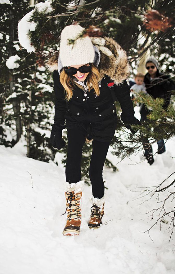 the peak of très chic snow boot chic