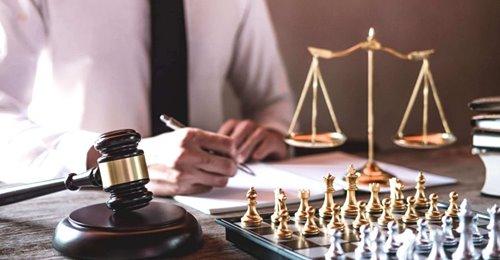 Δωρεάν παροχή νομικών πληροφοριών
