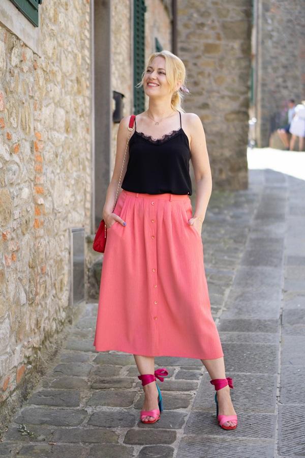 monabyfashion_5_pink_skirt.jpg