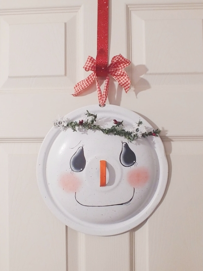 Upcycled Pan Lid Snowman