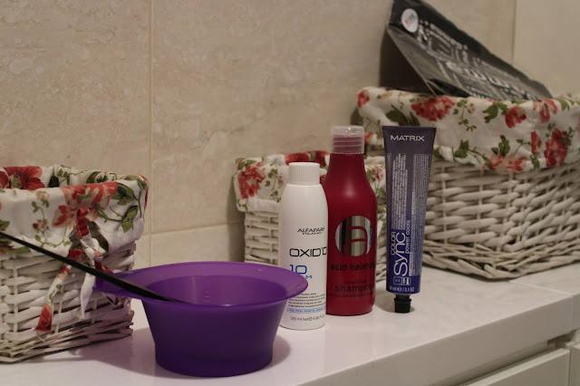 Farbowanie włosów w domu - Fryzomania