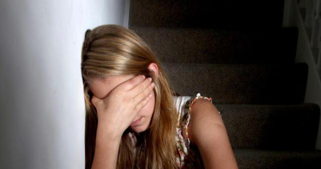 В Москве 14-летняя дочь известного бизнес-тренера заявила, что родной дедушка насиловал её пять лет