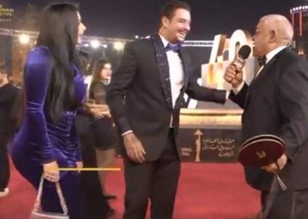 زوجة احمد الفيشاوي تثير الجدل بمهرجان القاهرة السينمائي الدولي في دورته الـ40
