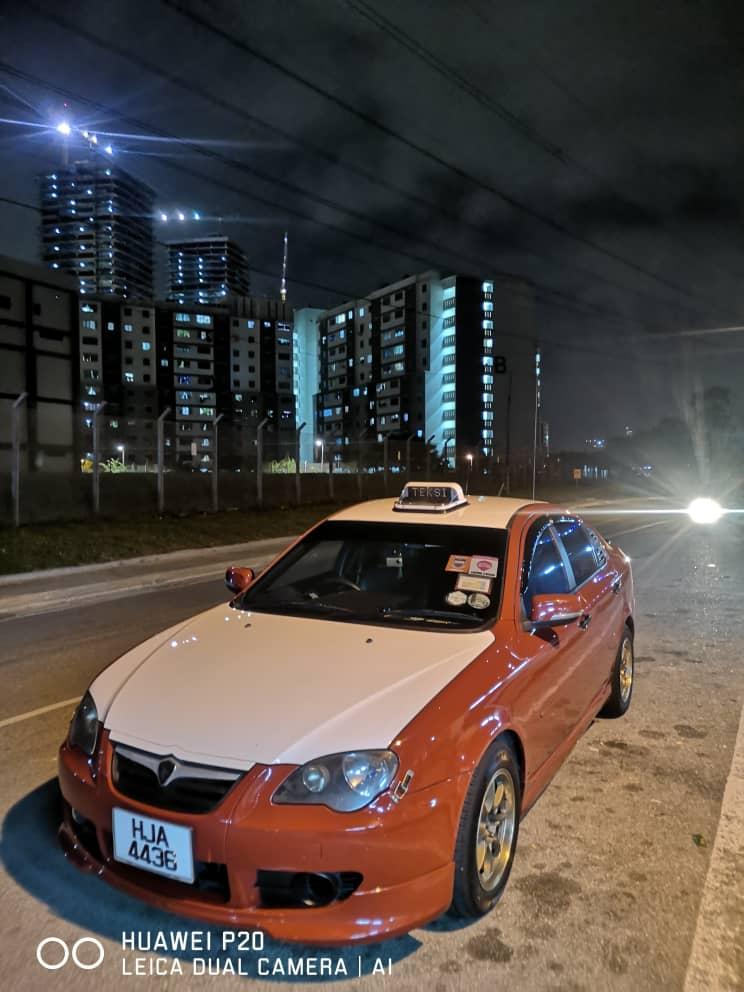 Anda Tercari - Cari Perkhidmatan Teksi Sekitar Johor Bharu ?