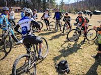 Tips Memilih Baju Sepeda, Jersey Sepeda Dan Celana Sepeda Yang Nyaman