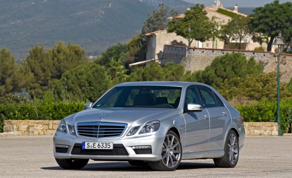 2012 mercedes benz e63 amg specs prices pics and reviews the automotive area. Black Bedroom Furniture Sets. Home Design Ideas