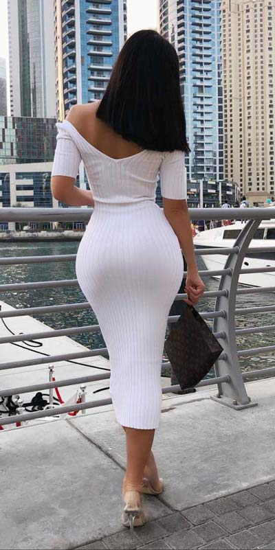 This is your cute summer outfits resource! Have a look at these 28 Summer Outfits that Are Big on Style Low on Effort via higiggle.com - long bodycon dress - #summeroutfits #stylish #bodycon #dress