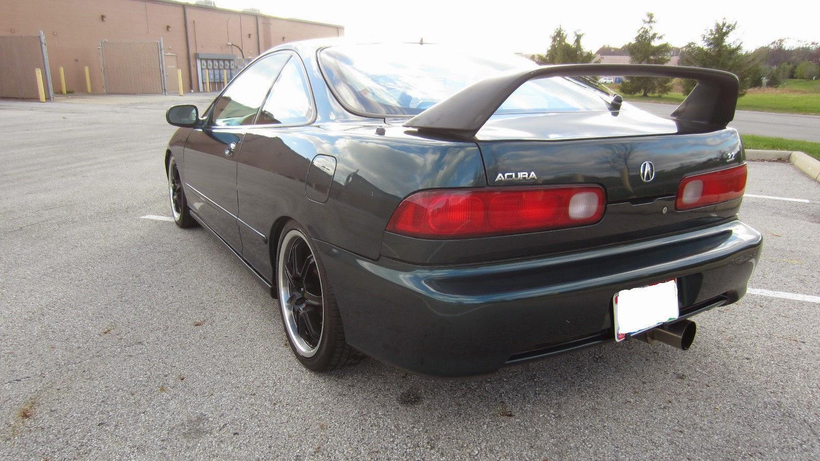 Daily Turismo: 10k: VTEC Kicked In   No: 1997 Acura Integra V6 Swap