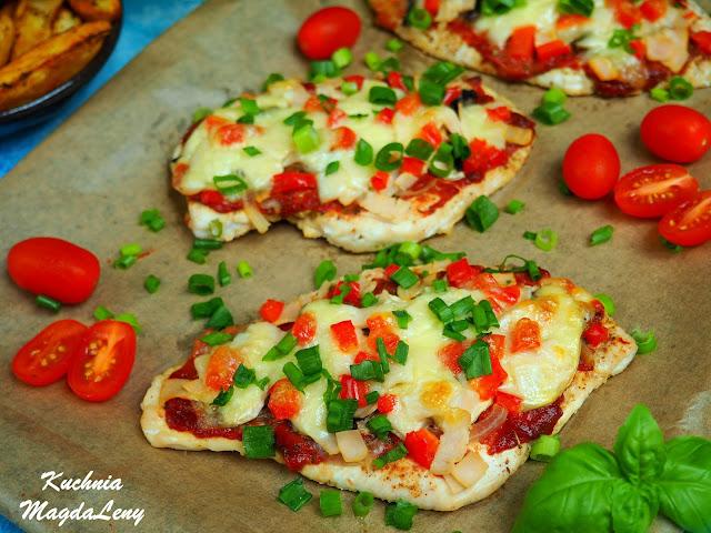 Filety z kurczaka a'la pizza z piekarnika