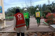 PMI Bekerjasama Dengan BPBK Aceh Jaya Lakukan Penyemprotan Jelang Masuk Sekolah