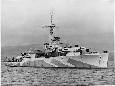 HMS Amethyst during World War II. Public domain.