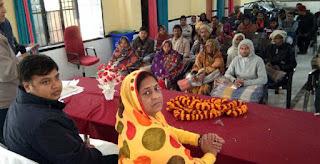 Jaunpur  मुंगरा एवं सुजानगंज ब्लाक में 74 गरीबों को दिये गये कम्बल