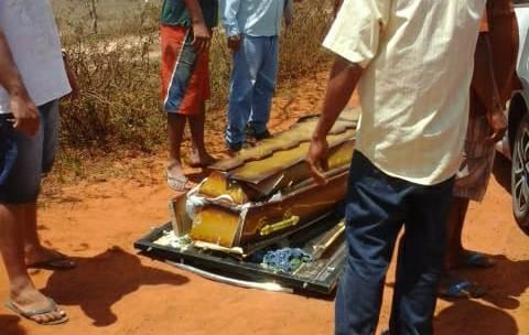 acidente-com-carro-funerario-5