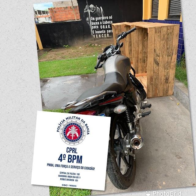 Policiais do Quarto Batalhão apreendem motocicleta adulterada em Inhambupe