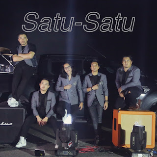 Drama Band - Satu Satu (feat. AG Coco) MP3