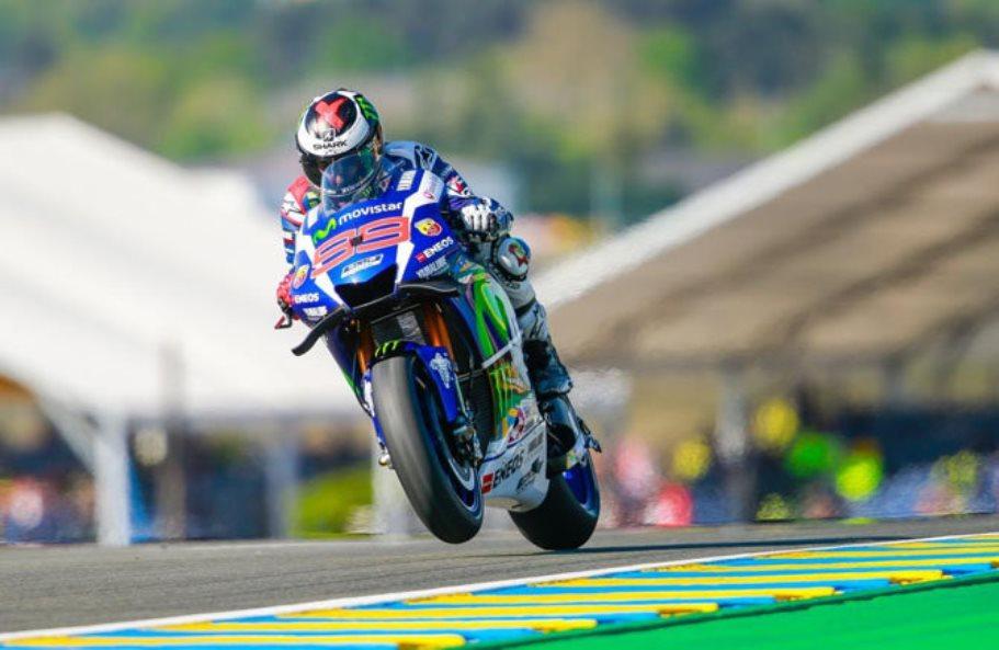 MotoGP Le Mans 2016 : Lorenzo tak tersentuh . . duo Ducati tumbang !