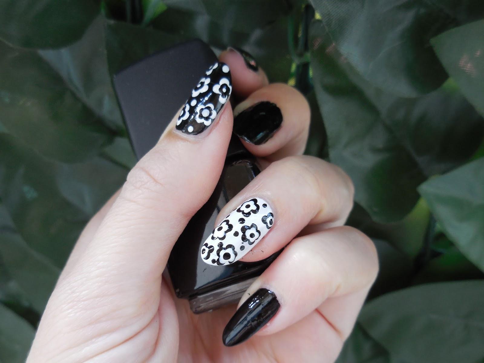 Popolare Nail art by Rachele e non solo: Tutorial nail art fiori in  NW47