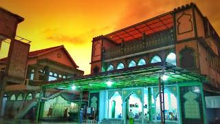In frame: Pondok Pesantren Dar El-Wihdah, Sragen, Jawa Tengah