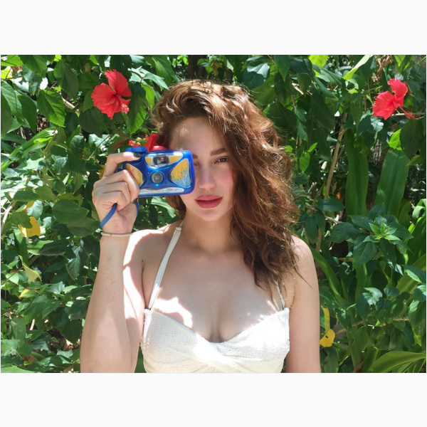 Arci Munoz shows her sizzling hot figure on her trip to El Nido