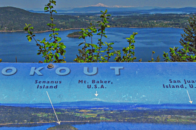 The explanatory lookout sign at the top of Malahat Mountain...