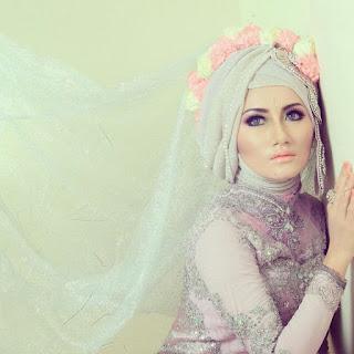 Kreasi Hijab Untuk Kebaya Muslimah