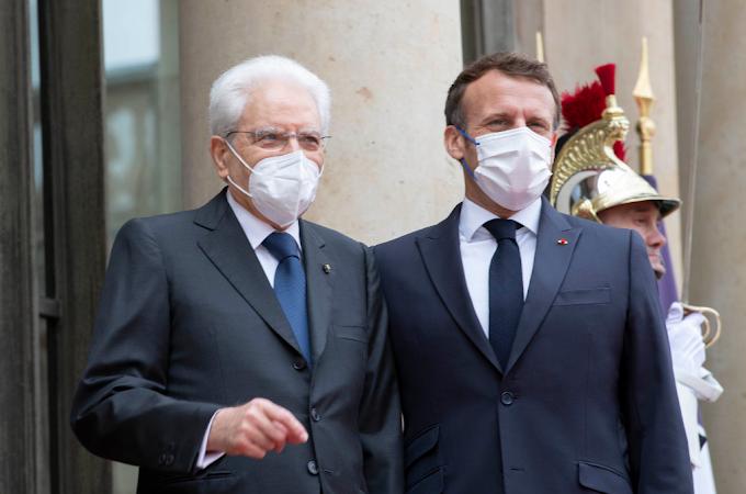 Mattarella a Parigi per il lancio del servizio civile franco-italiano