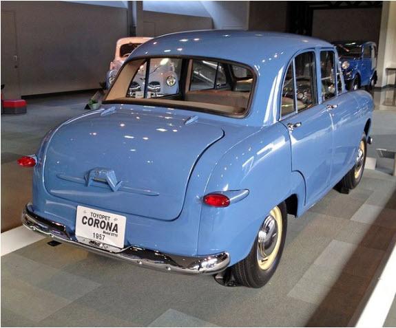 Toyota Corona tahun 1957 Foto: wikipedia