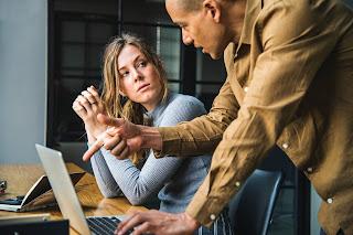 5 tips tentang cara meminta saran dengan benar