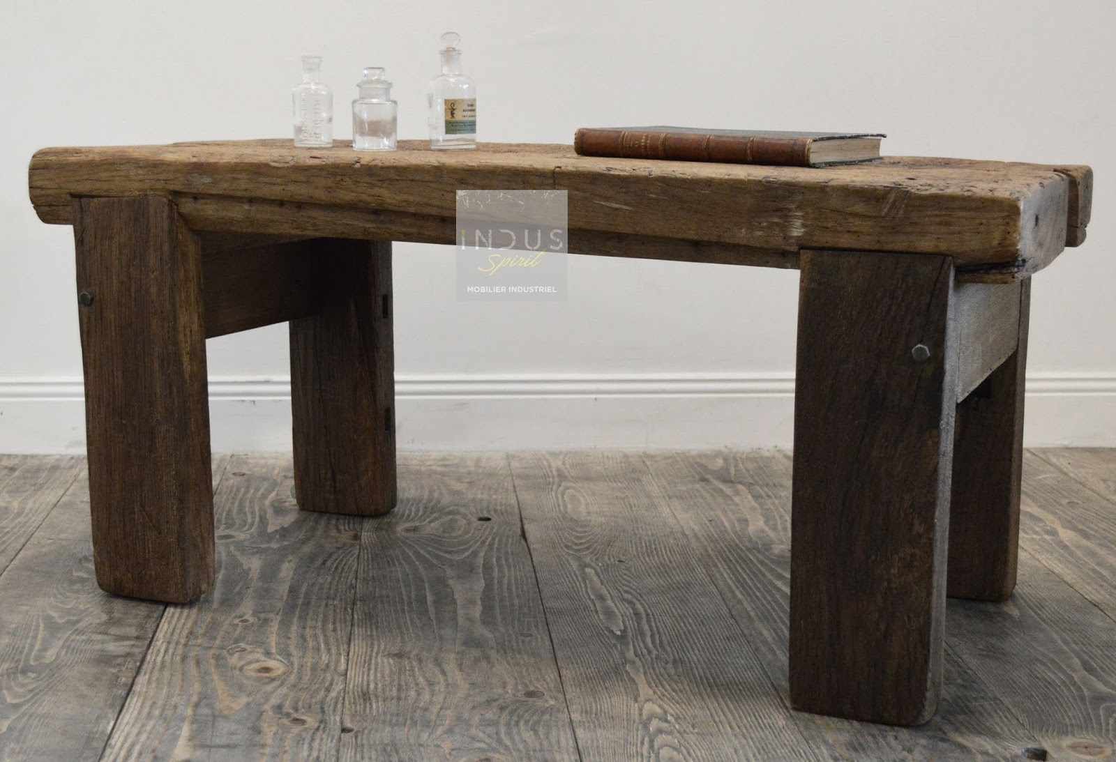 table basse campagne chic. Black Bedroom Furniture Sets. Home Design Ideas