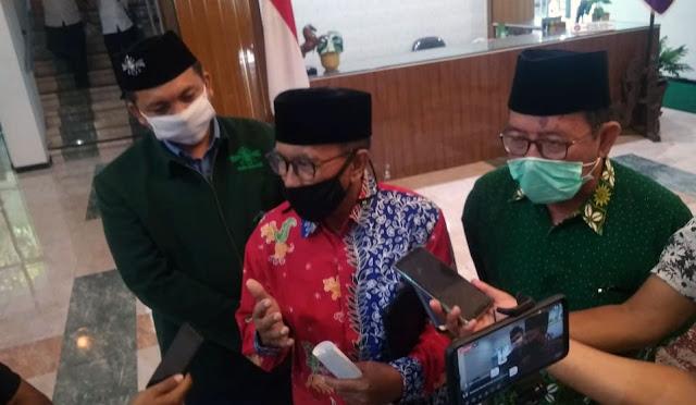 Ketua NU dan Muhammadiyah bersama Ketua MUI