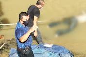 Sosok Mayat Pria Tanpa Identitas Diri Ditemukan Warga di Aliran Sungai Belawan