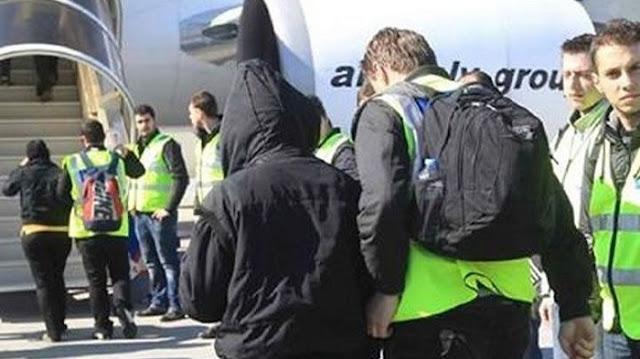 Greece expels 970 foreigners, mostly Albanians