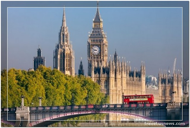 Houses of Parliament - Top 7 Best Places to Travel in London, England at Least Once in Your Life Time